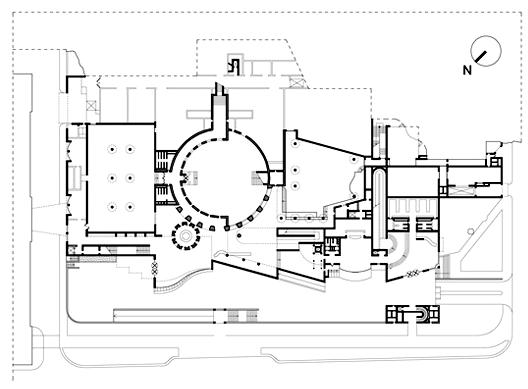 斯图加特国立美术馆新馆一层平面图
